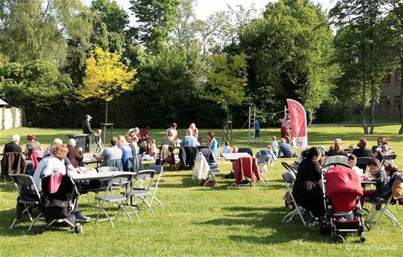 300 man op 'Bokes in het Park'