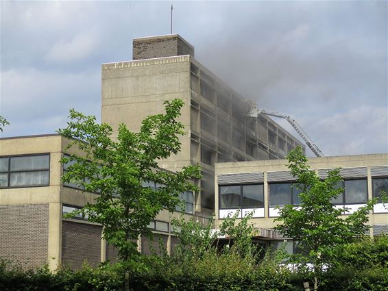 Brand in oude gebouw Agnetendal