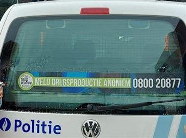 Drugsmeldpunt nu ook op politiewagens