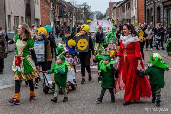 Jaak Tassetschool trekt carnavalsweek op gang