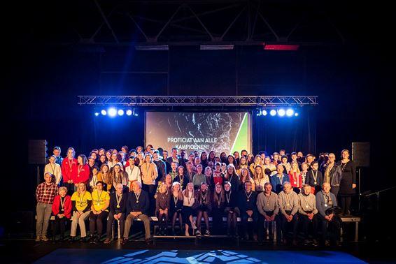 Meer dan 120 sportkampioenen gehuldigd