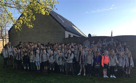 Scouts en Gidsen trokken naar de Efteling