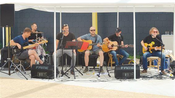 'Shop & Roll' straatconcert vanmiddag