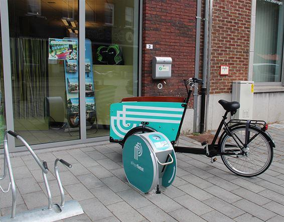 Stad plaatst openbare fietspompen