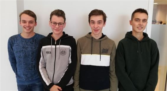 Vier toppers naar halve finale Chemie-Olympiade